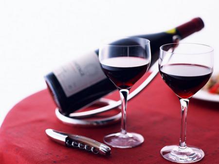 流言揭秘:喝紅酒真的保健嗎?