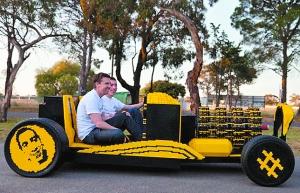 機械狂人用積木拼裝動力車 開動時時速 可達30公里