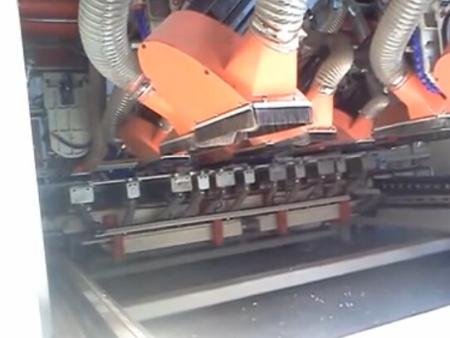 THV-8~24橫向多軸切角機(開槽)B