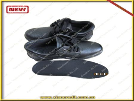 缅甸橡胶鞋