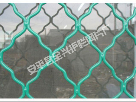 不锈钢菱形网价格价位如何:河北优质不锈钢勾花网口碑怎么样
