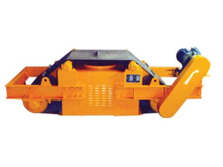 RCDC型强迫风冷自动卸铁悬挂式电磁除铁器