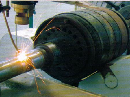 修復中的電機轉軸