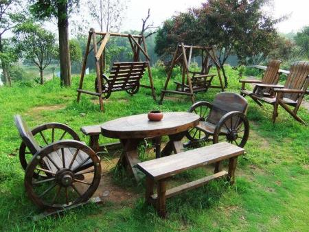 户外景区桌椅 休闲碳化木户外家具