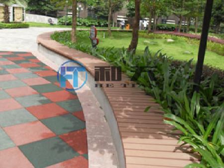 南宁凤岭一号公园木地板