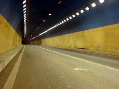 王家梁隧道