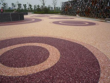胶粘石施工步骤--丽水铭达地坪装饰工程有限公司
