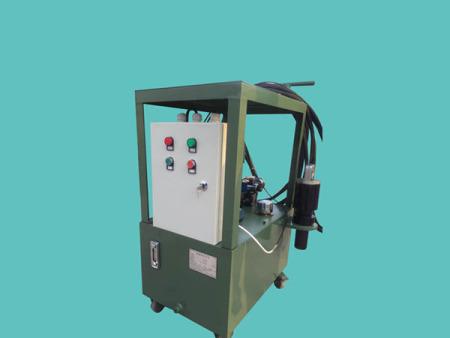 液壓環槽鉚釘機