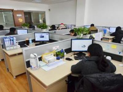 多屏自动响应企业建站系统_微网站_移动网站_手机网站_利于排名及移动端浏览