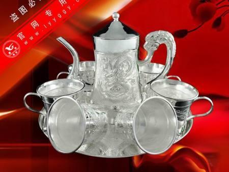 精品浮雕祥龍茶具