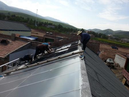 新农村建立太阳能热操纵工程