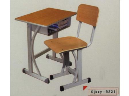 學校課桌椅的優點與缺點
