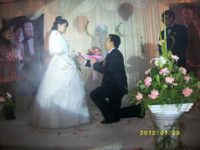 罗马欧式鲜花婚礼 案例展示-阿克苏拓新婚礼策划会馆