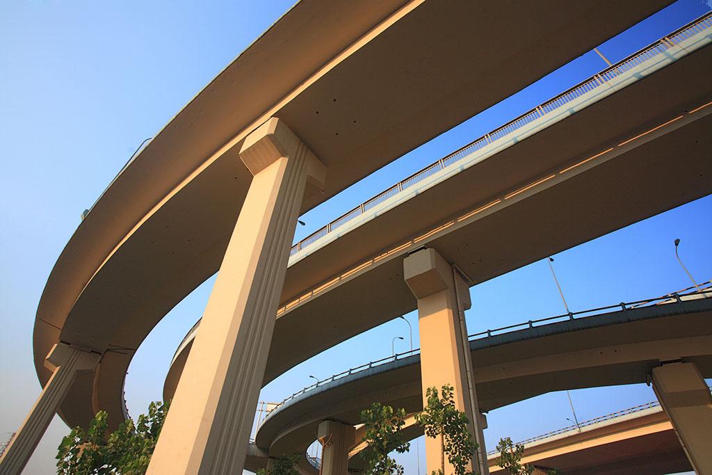 空心板桥梁加宽新桥上部结构施工技术交底。
