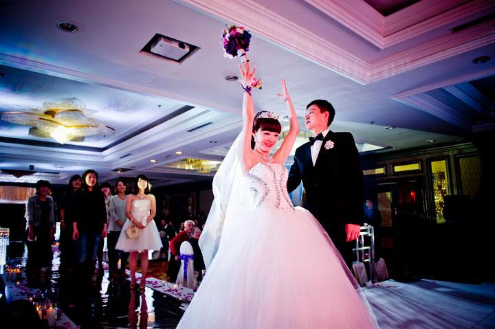 <p><br/></p><p>  安徽六安情书国际定制婚礼会馆,我们有专业的执行策划团队,为您提供一站式的婚礼服务,坚持高品质,全力追求属于您的婚礼!</p><p><br/></p><p style=