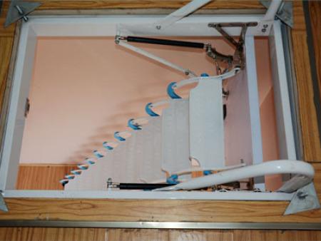 普通伸缩楼梯