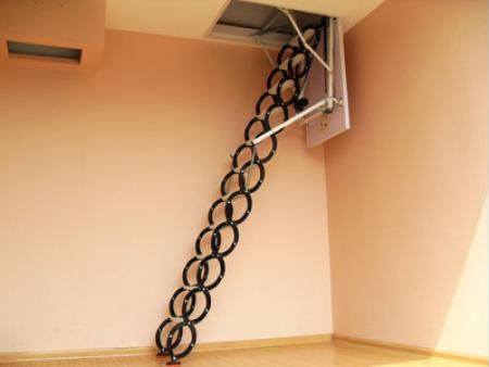 钛镁合金伸缩楼梯