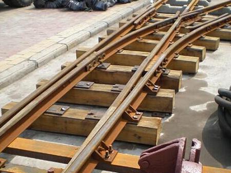 安普工矿介绍一下矿车轮的拆卸方案