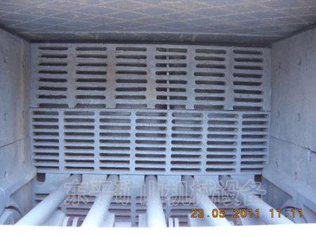 PCS型细碎机内部结构