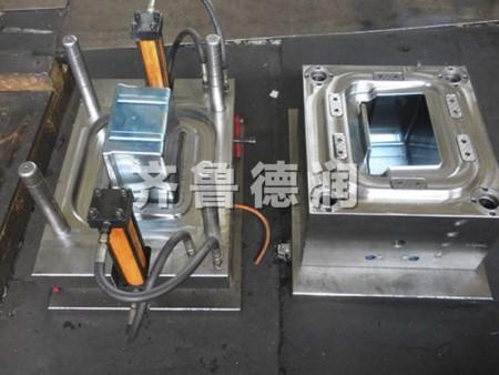 重力鑄造模具和壓鑄模具的對比