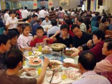 监管效率提高 餐饮企业受益