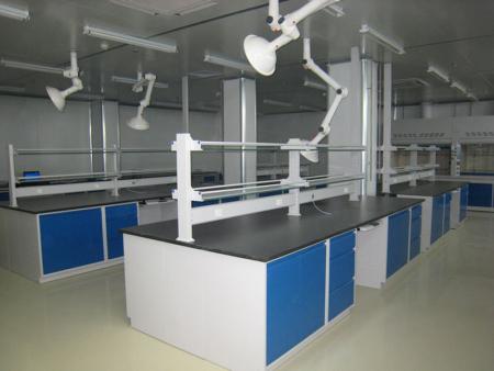 具有高度安全性和优越操作性的通风柜在实验室中的作用及功能