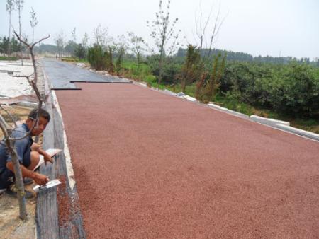 威海马家河2万平透水混凝土路面施工工程