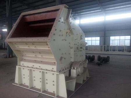 山东东平开元机械设备锤式破碎机厂介绍它的工作原理及用途