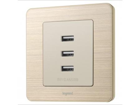 3600mA 三口USB充电插座_细金纹