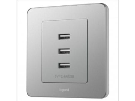 3600mA 三口USB充电插座_醇砂钢