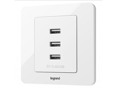 3600mA 三口USB充电插座