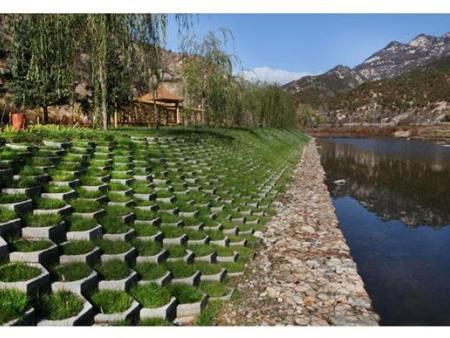 洛陽護坡磚尺寸規定要求