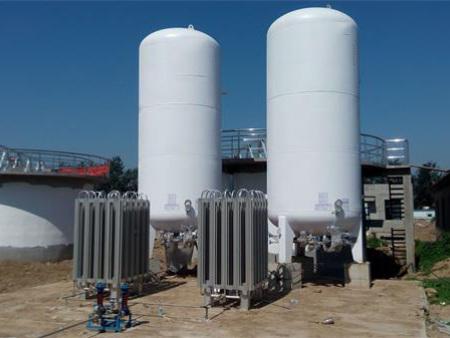 液體二氧化碳貯槽
