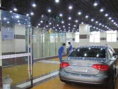 洗车房玻璃安装