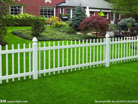 pvc护栏厂家告诉你,如何解决pvc护栏晃动的问题