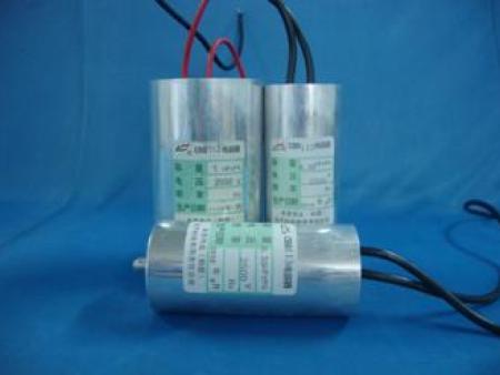 CBB113型吸峰电容器