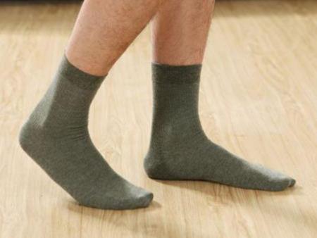 纯色羊毛男袜