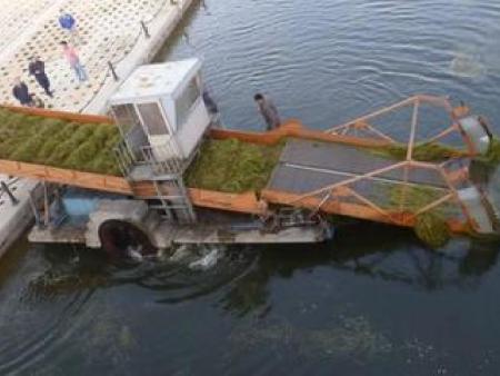 保洁船在检修时除了保持认真外还应注意的问题