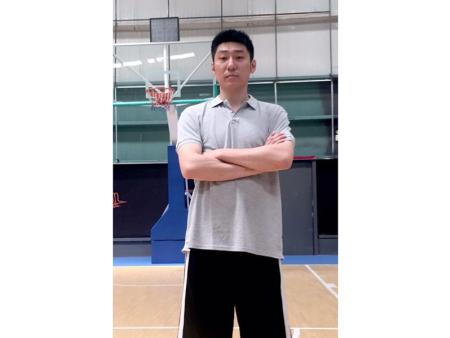 教练---柳伟