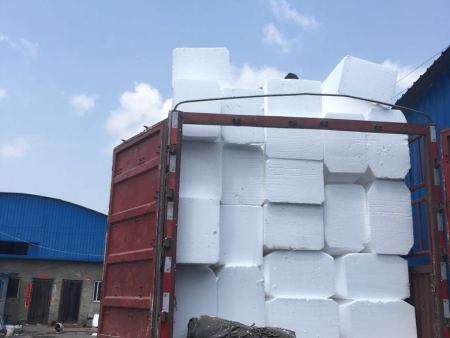 桥梁泡沫朔料内模发往甘肃地区标段13米空心板与16米空心板进展