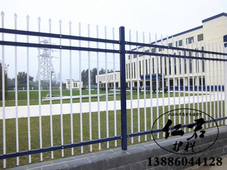 武汉锌钢护栏有哪些属性?
