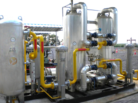 What substances can be used as raw materials for biogas fermentation