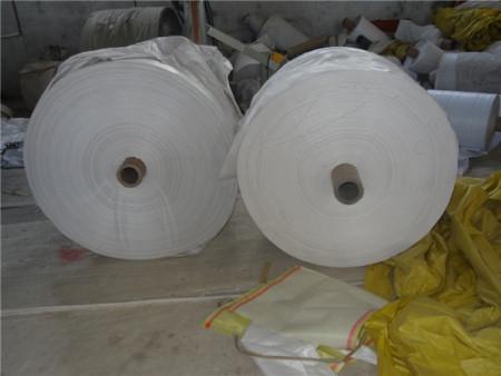 如何提升塑料编织袋的平整度?