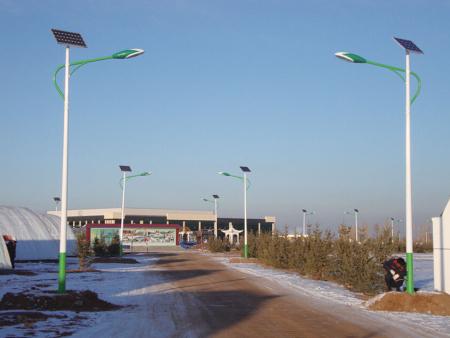 农村太阳能路灯站稳脚跟进一步拓宽市场