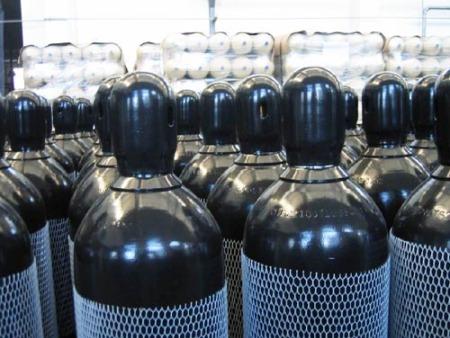 氦气罐在使用的时候应该要注意一些什么