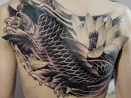 大连纹身之纹面与纹身后是否碰水的问题