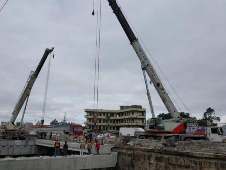 梧州吊車出租價格,200噸吊車出租
