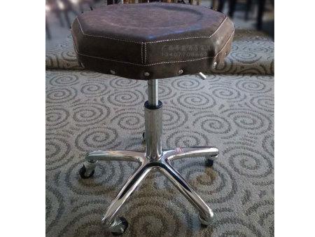 酒吧吧椅定制