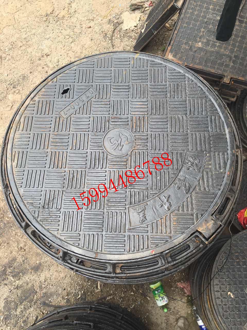 球墨铸铁井盖为什么会有下沉现象