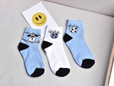 童袜执行标准和袜子执行标准是一样吗?